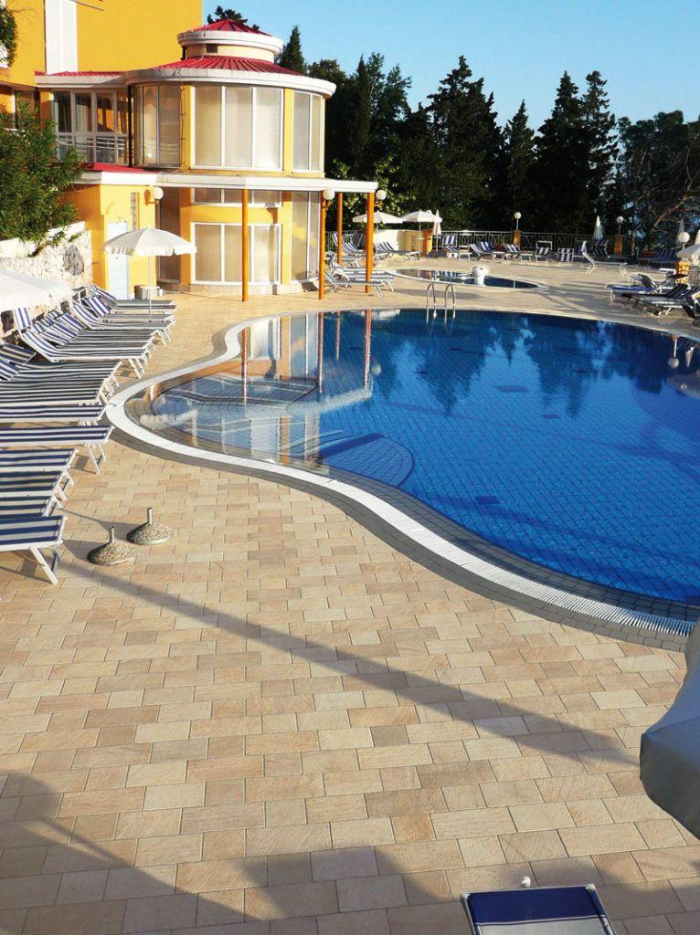 barge gialla ceramica panaria pavimento effetto pietra per esterni - Edil Siani 3