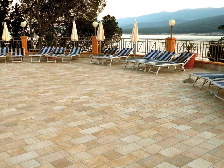 barge gialla ceramica panaria pavimento effetto pietra per esterni - Edil Siani 5