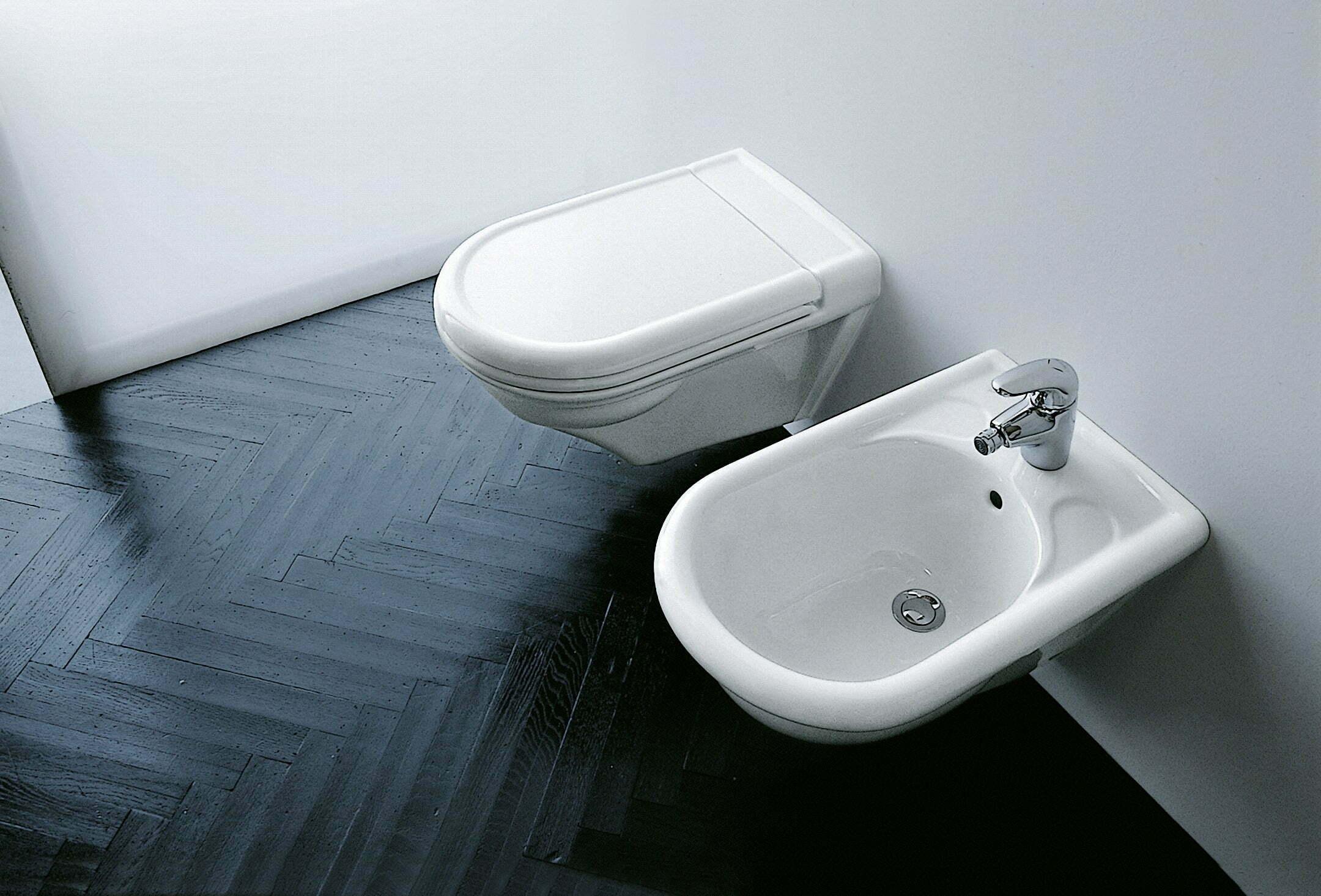Vasca Da Bagno Laufen Prezzo : Vienna laufen serie completa di vaso bidet lavabo colonna e
