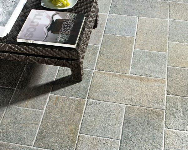 Barge grigia ceramica panaria pavimento per interni ed for Pavimento esterno effetto pietra